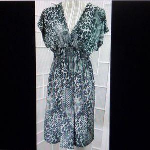 Sz 8 Bisou Bisou Black & Gray Midi Dress